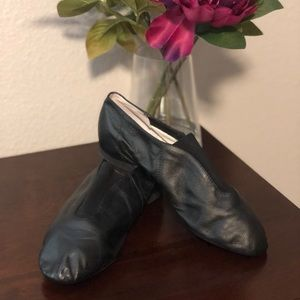 BLOCH JAZZ SHOES, Size 7